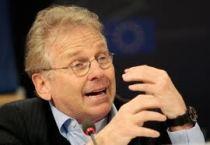 Ντανιέλ Κον Μπεντίτ: «Επείγει η Ελλάδα του νέου επιχειρείν»