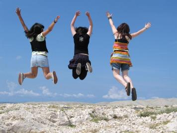 Girls-jumping-in-air