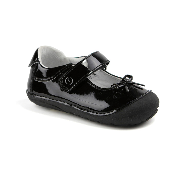 Best Shoes For New Walkers - The Anti Mom Blog