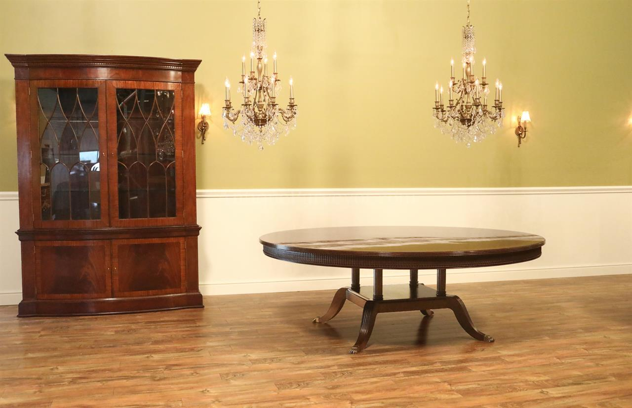 Large Dining Room Tables Seats 10 Large 84 Inch Round Mahogany Dining Room Table Seats 10