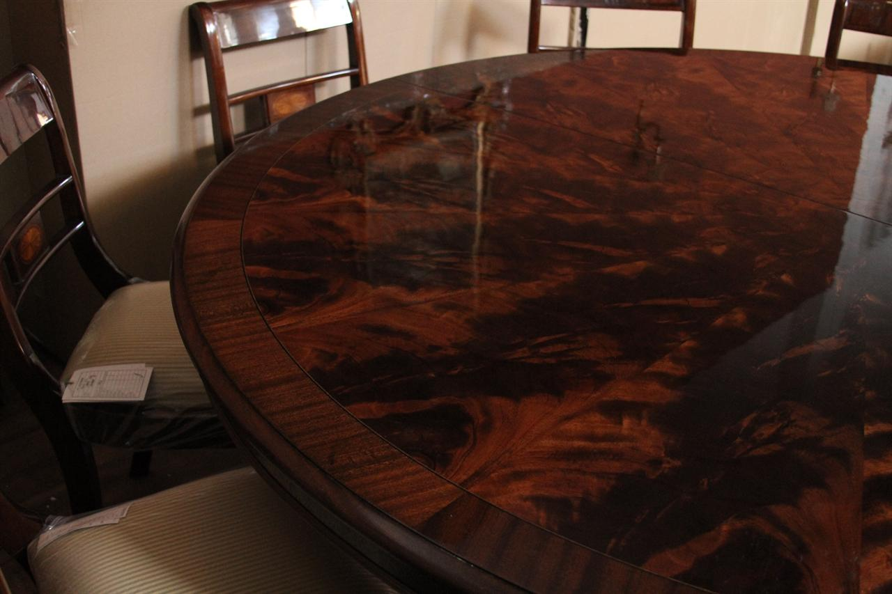 Round Table Seats 10 Large 84 Inch Round Mahogany Dining Table Round Table