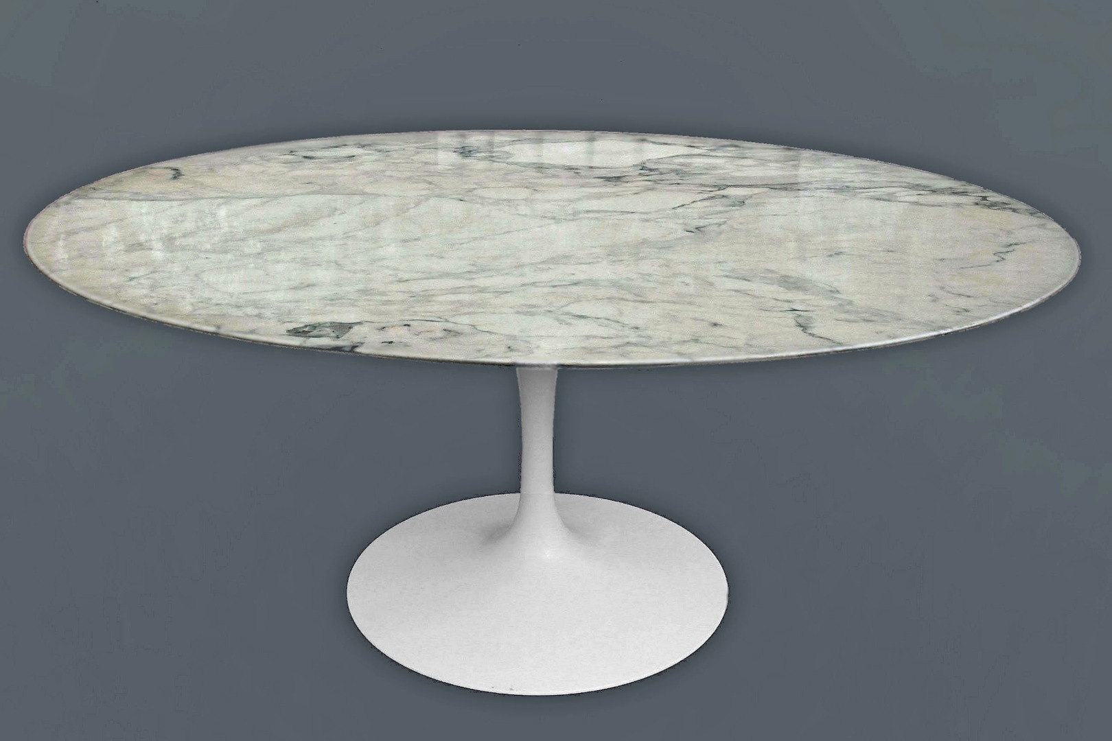 Knoll Table Table By Saarinen For Knoll