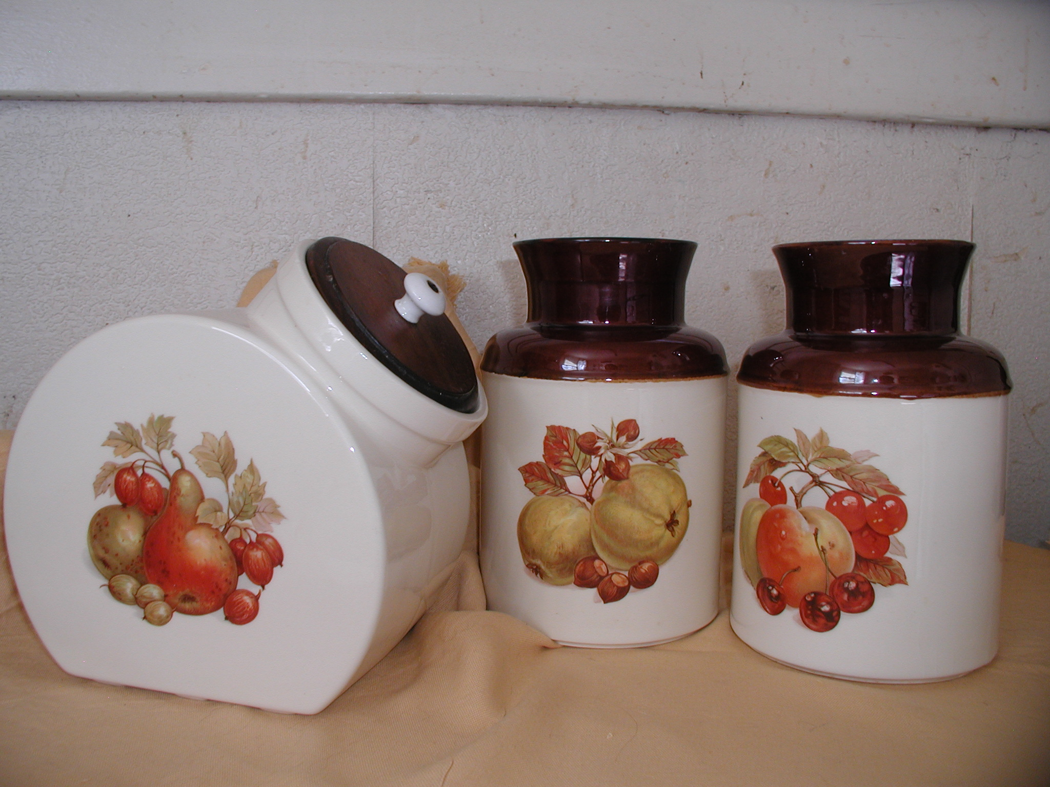 Ceramic Cookie Jar Sets 3 Piece Mccoy Cookie Jar Set For Sale Antiques