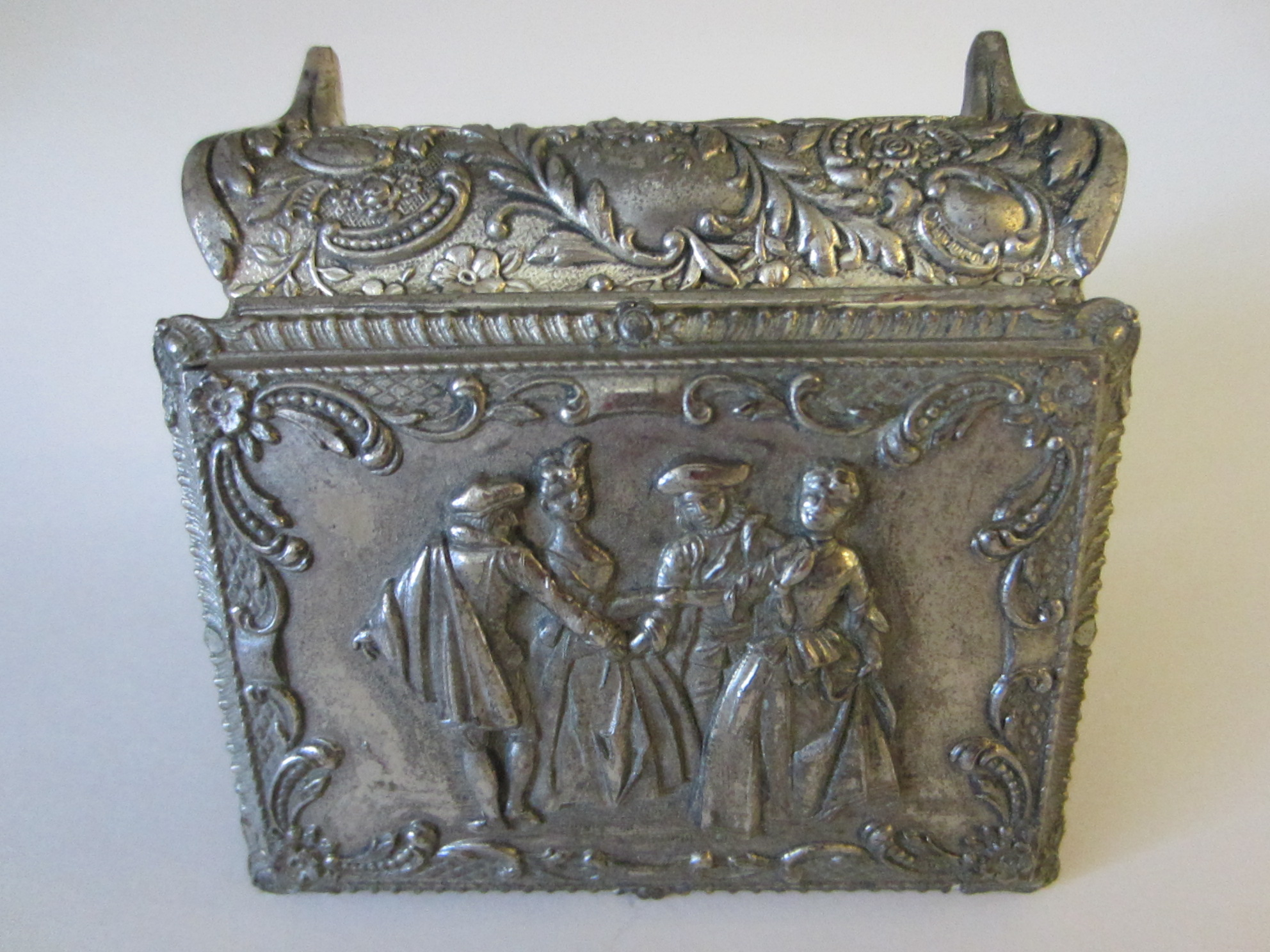 Vintage Style Jewellery Box Victorian Style Silver Jewelry Box Figurative Floral Theme