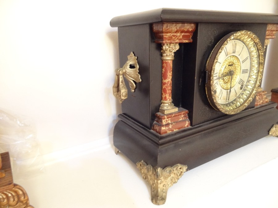 Antique carved wood e ingraham clock 4 antiques of for Antiques and collectibles for sale
