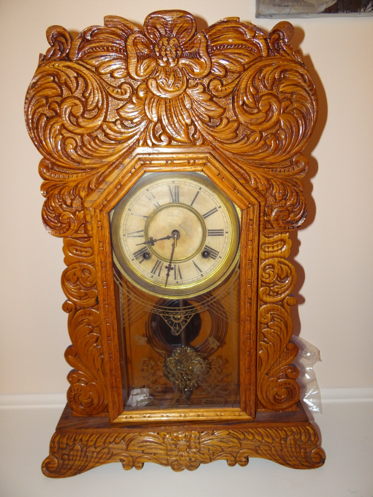 Antique waterbury mantle oak gingerbread clock antiques for Antiques and collectibles for sale