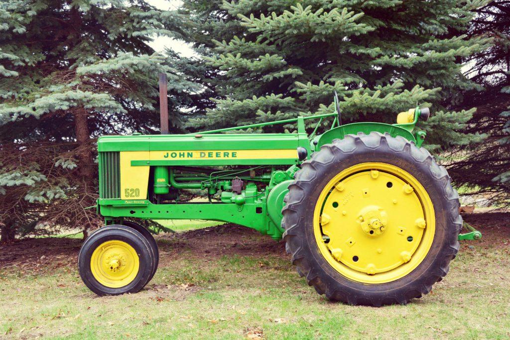 Oliver Distributor - Steiner Tractor Parts