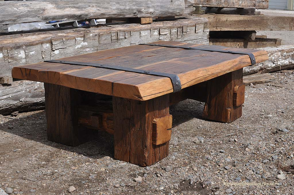 Reclaimed Wood Coffee Table With Iron Straps Antique