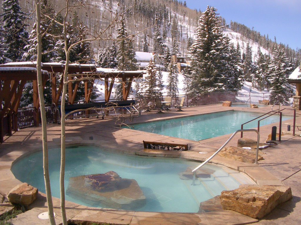 Jacuzzi In The Pool Antlers At Vail Pool And Hot Tubs