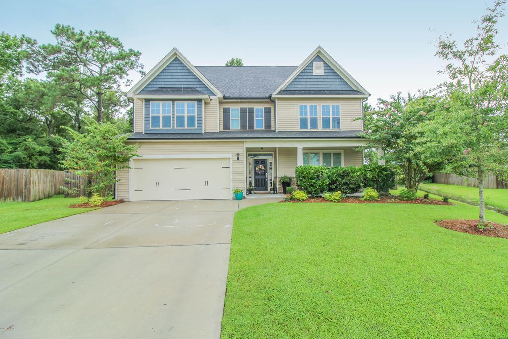 215 Spoon Bill Ct, Swansboro, NC 28584 - realtor®