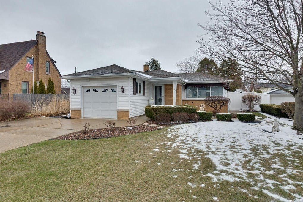 7625 49th Ave, Kenosha, WI 53142 - realtor®