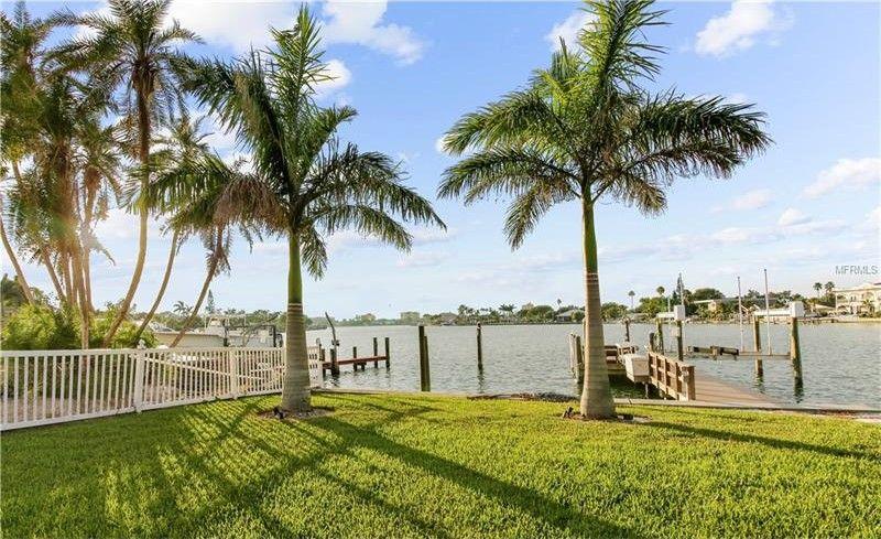 10300 Paradise Blvd, Treasure Island, FL 33706 - realtor®