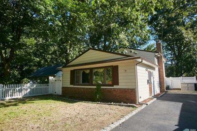 74 Juniper Rd, Port Washington, NY 11050 - realtor.com®