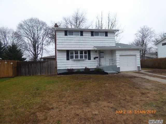 317 Whipple St, Brentwood, NY 11717 - realtor®