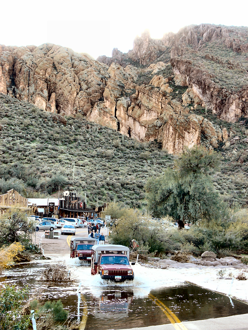 Jeep Trails Apache Trail Jeep Tour Arizona Superstition Mountains Adventure
