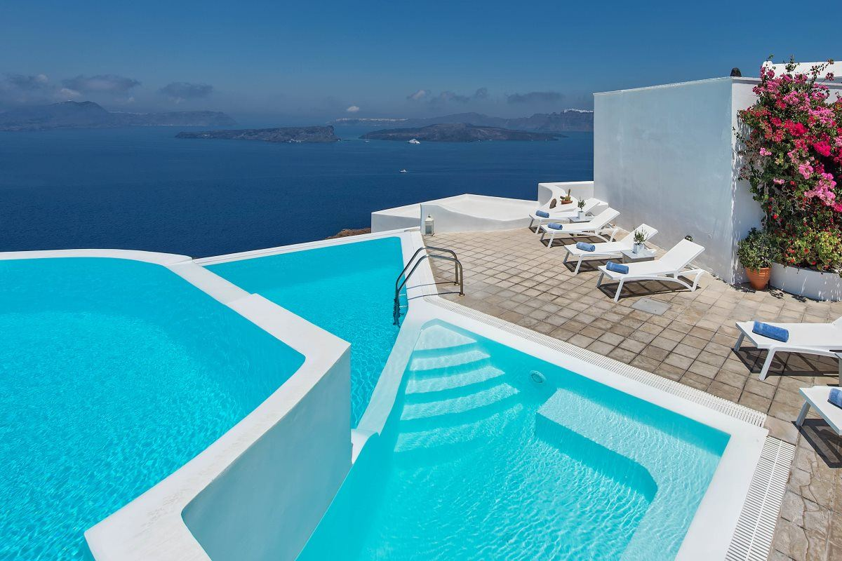 Jacuzzi Pool Hotel Rooms In Santorini Hotel Apanemo Great Sea View And