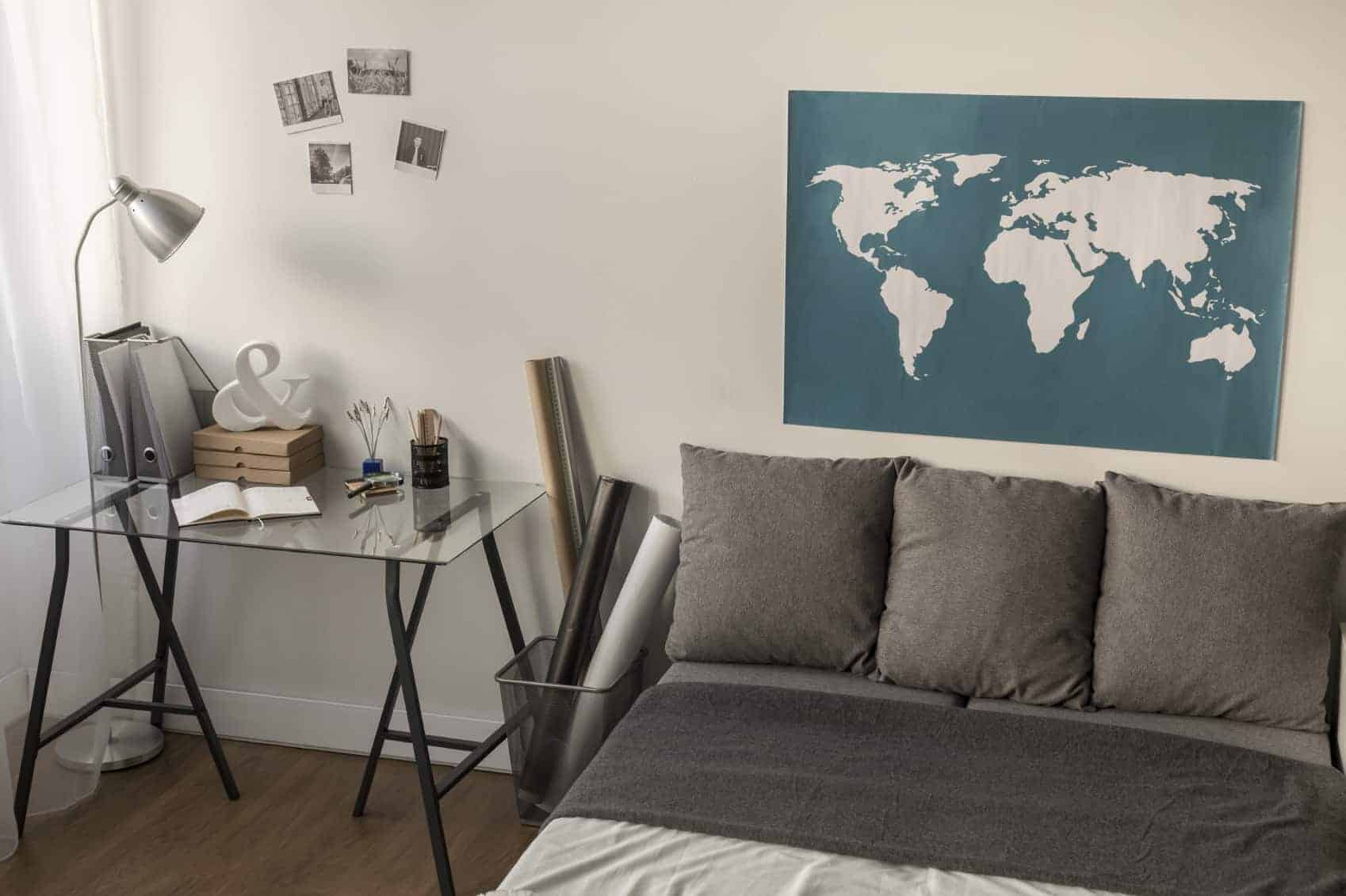 Around The World Decoration Ideas 5 Awesome Apartment Decor Ideas For Travelers Apartmentguide