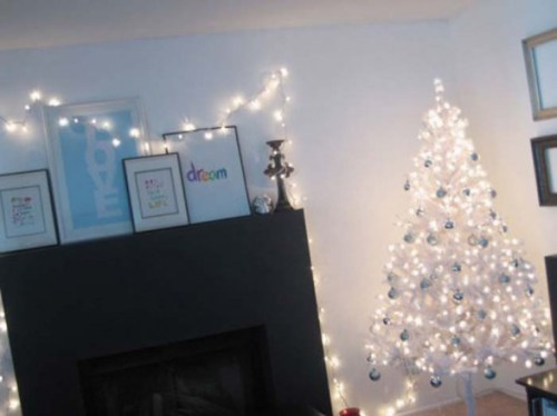 modern-Christmas-trees-decorations-587x440