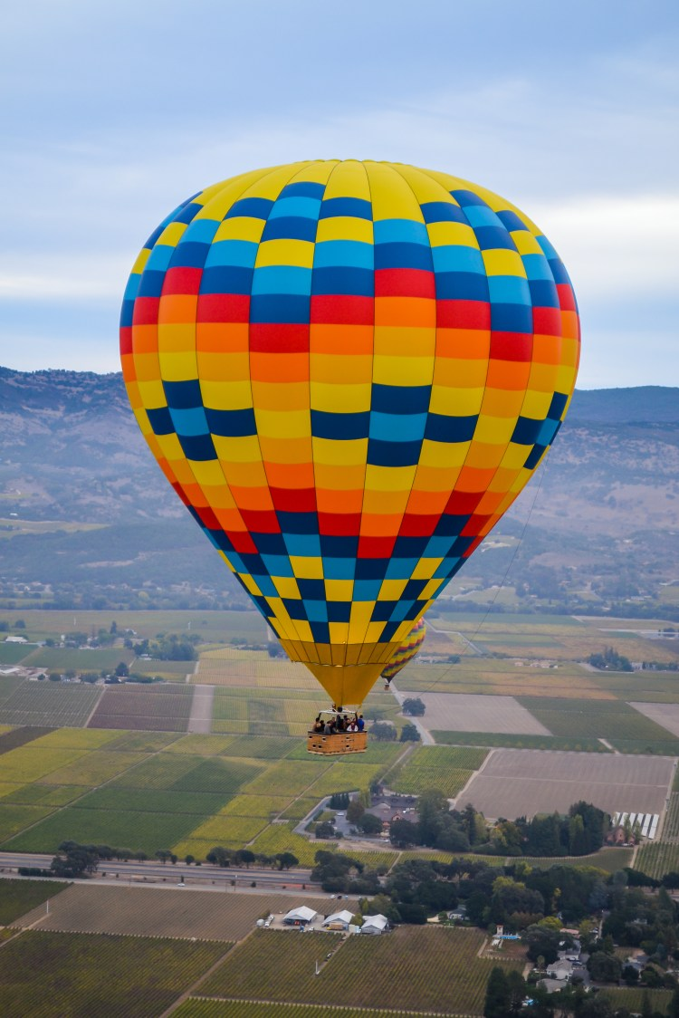 Hot Air Balloon Ride in Napa | www.apassionandapassport.com