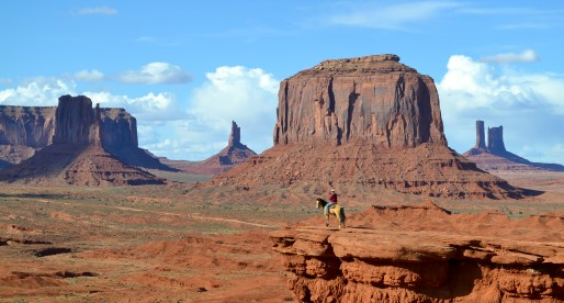 Majestic Monument Valley: A Tour Through The Navajo Tribal Park