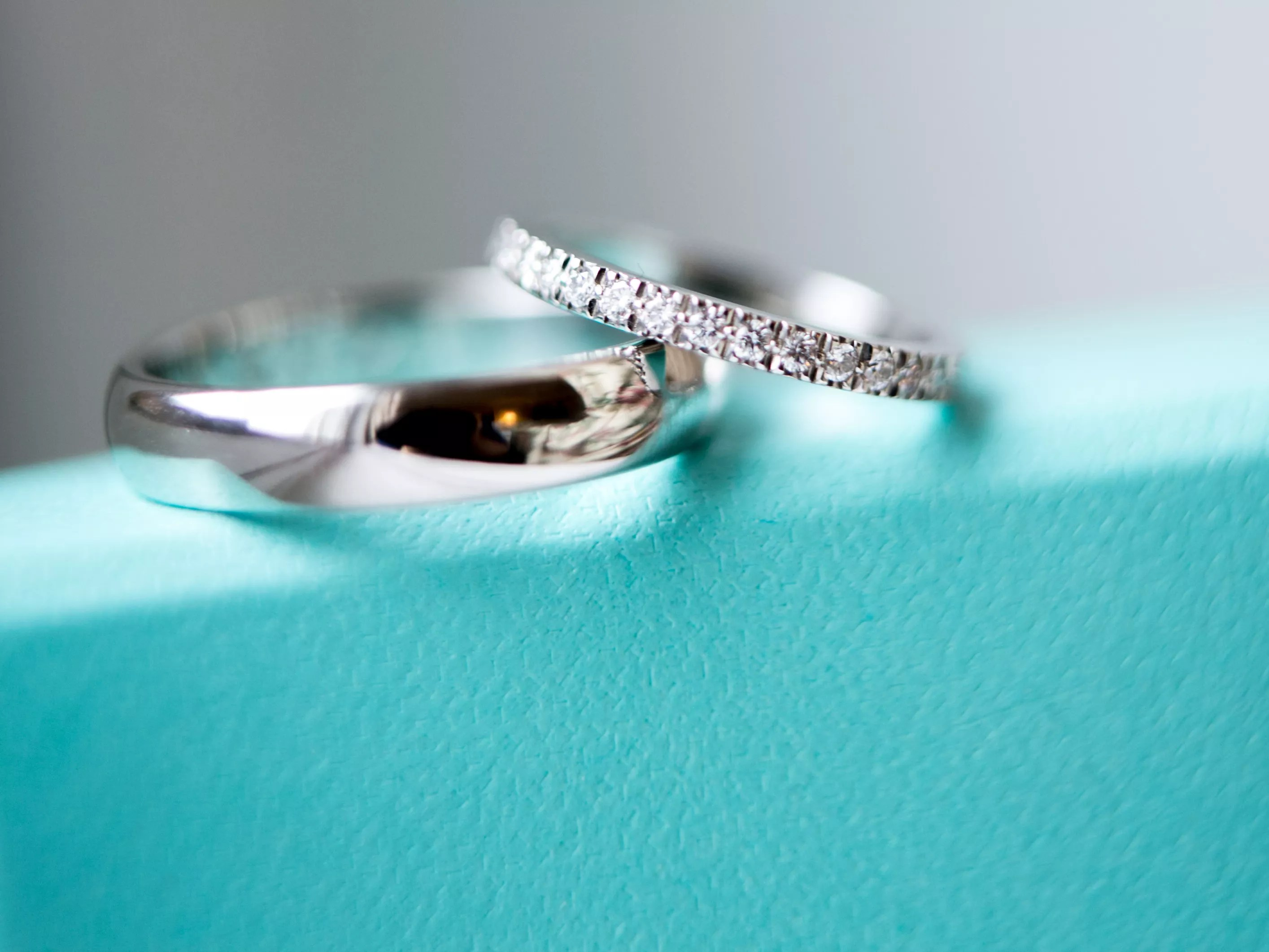 the scoop on conflict free diamonds tiffany wedding bands