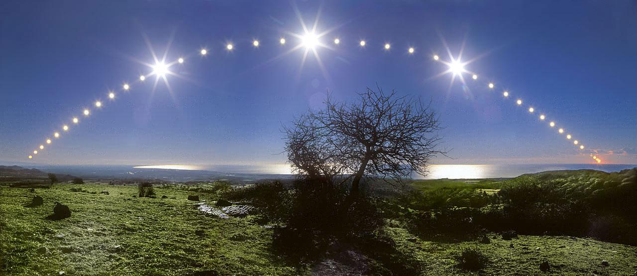 APOD 2014 December 21 - Tyrrhenian Sea and Solstice Sky
