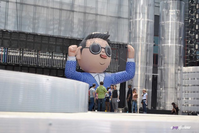 Psy with blow up