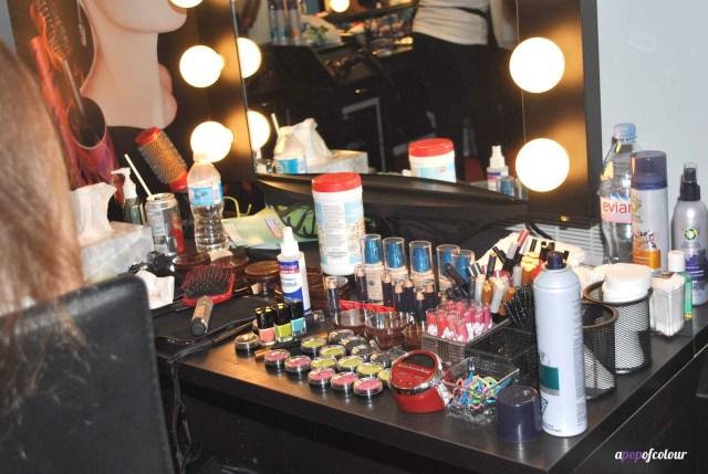Turn it up beauty bar