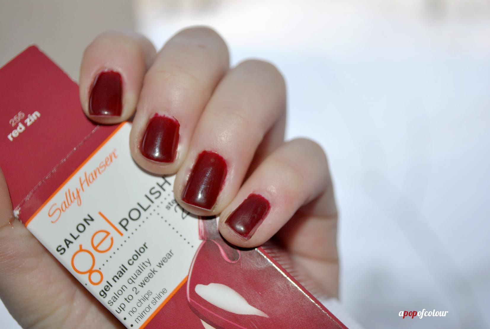 Incredigel? Sally Hansen Salon Gel Polish Starter Kit - A Pop of Colour