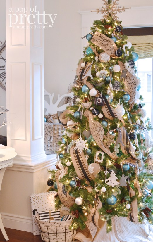 French inspired Christmas tree decor