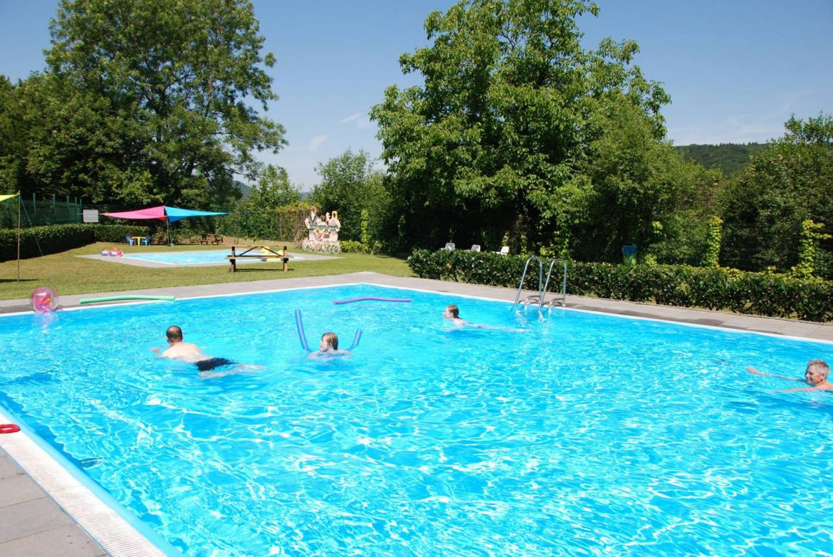 Camping Luxemburg Groot Zwembad Openlucht Zwembad Echternach - Visit Luxembourg