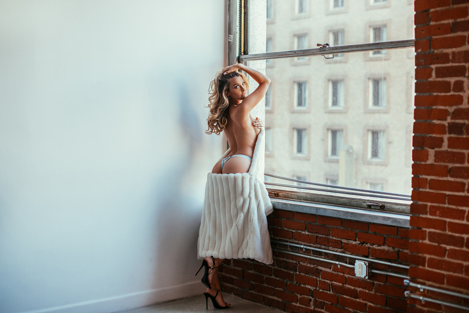Tianna Gregory Hd Wallpaper Emily Sears Latch Editorial By Mat Abad Apparatus