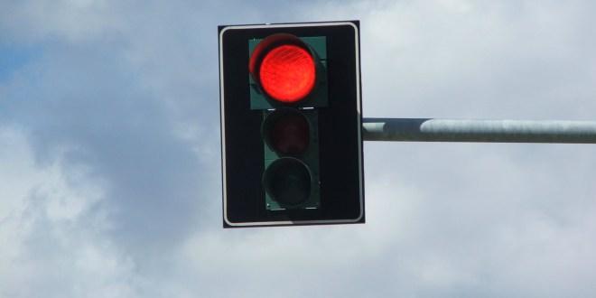 p_controle-de-avanco-de-sinal-vermelho-18