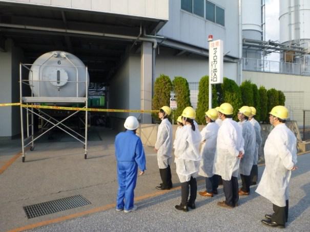 工場見学の風景