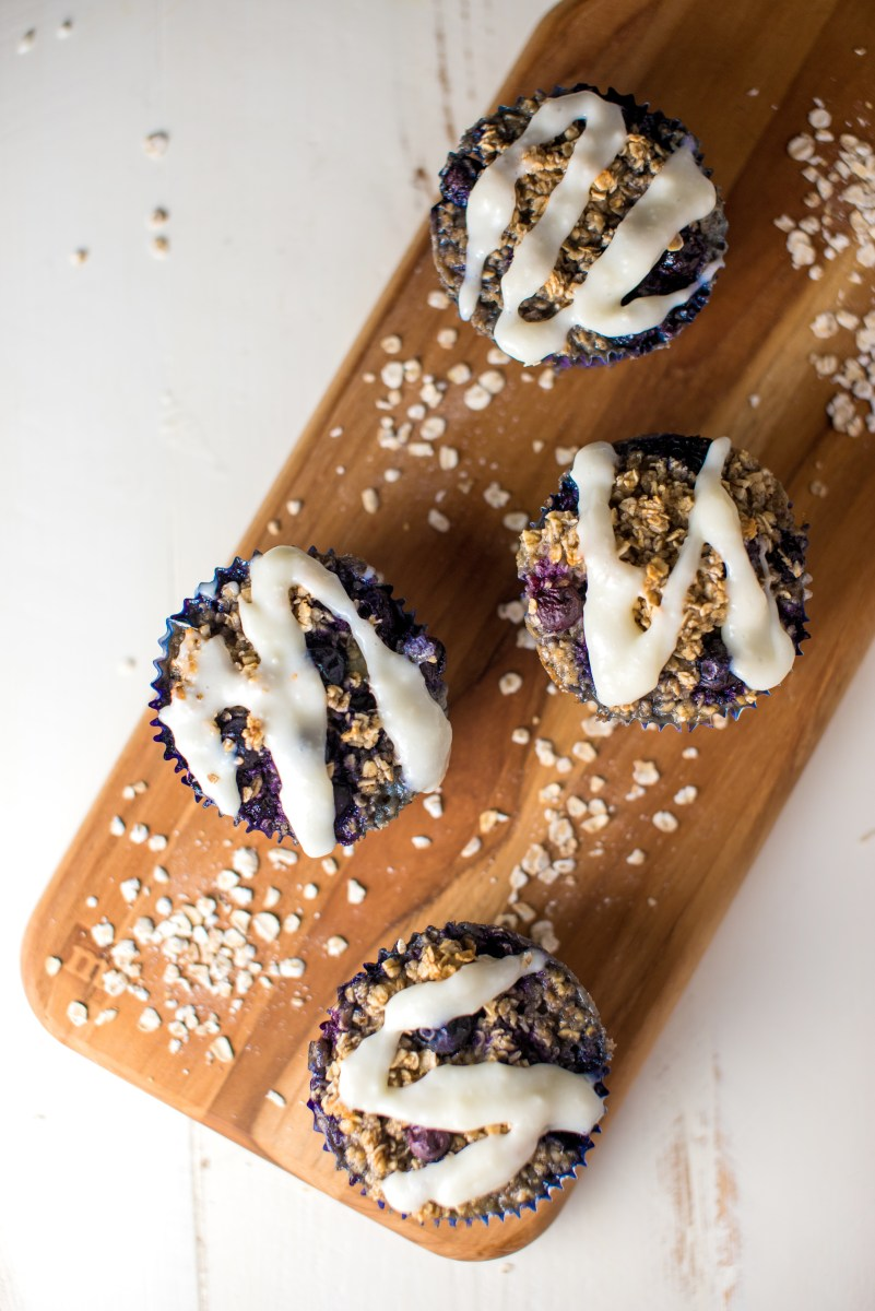 Baked Blueberry Cheesecake Oatmeal Cups