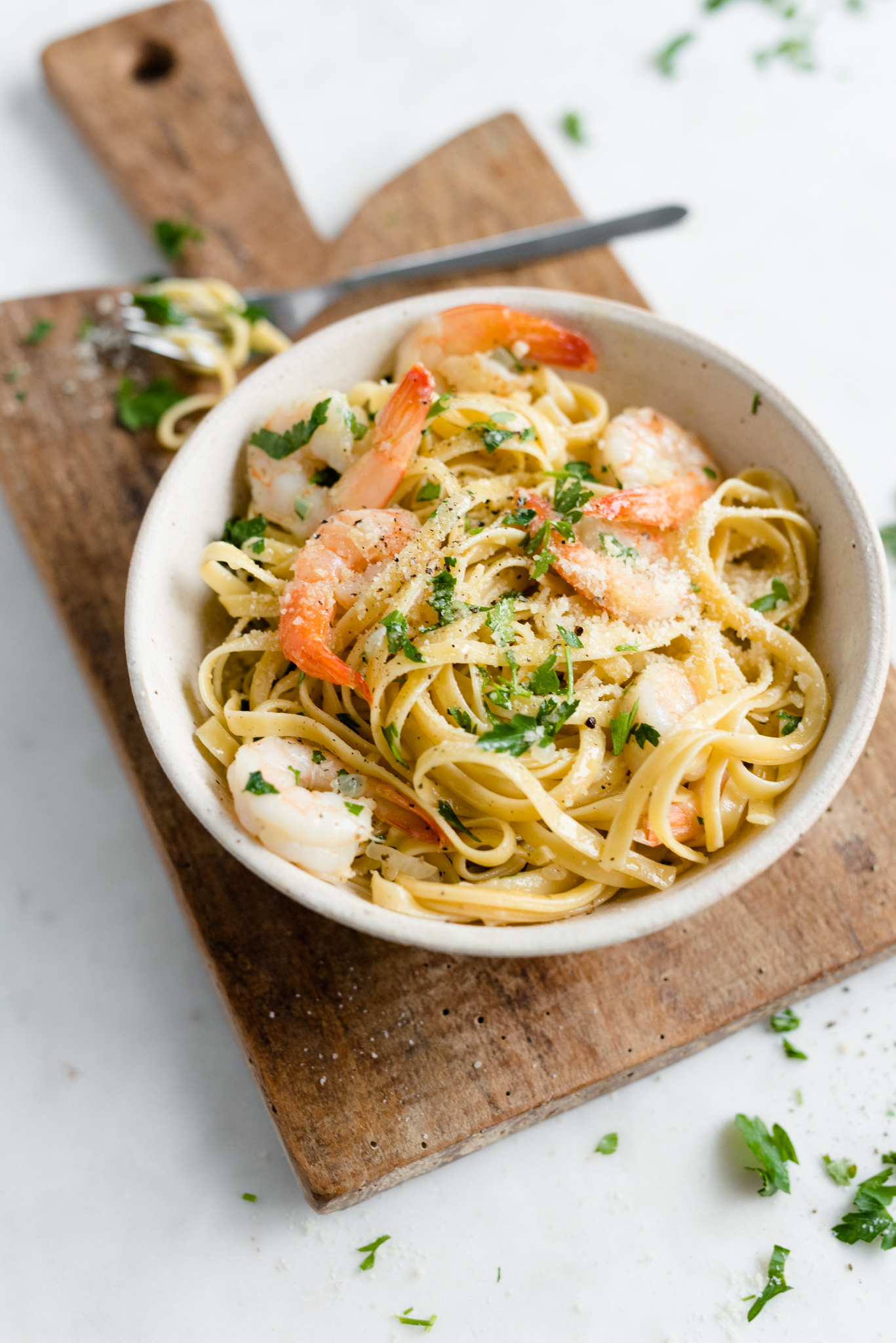 Garlic Parmesan Shrimp Linguine- absolutely delicious and done in just 30 minutes!