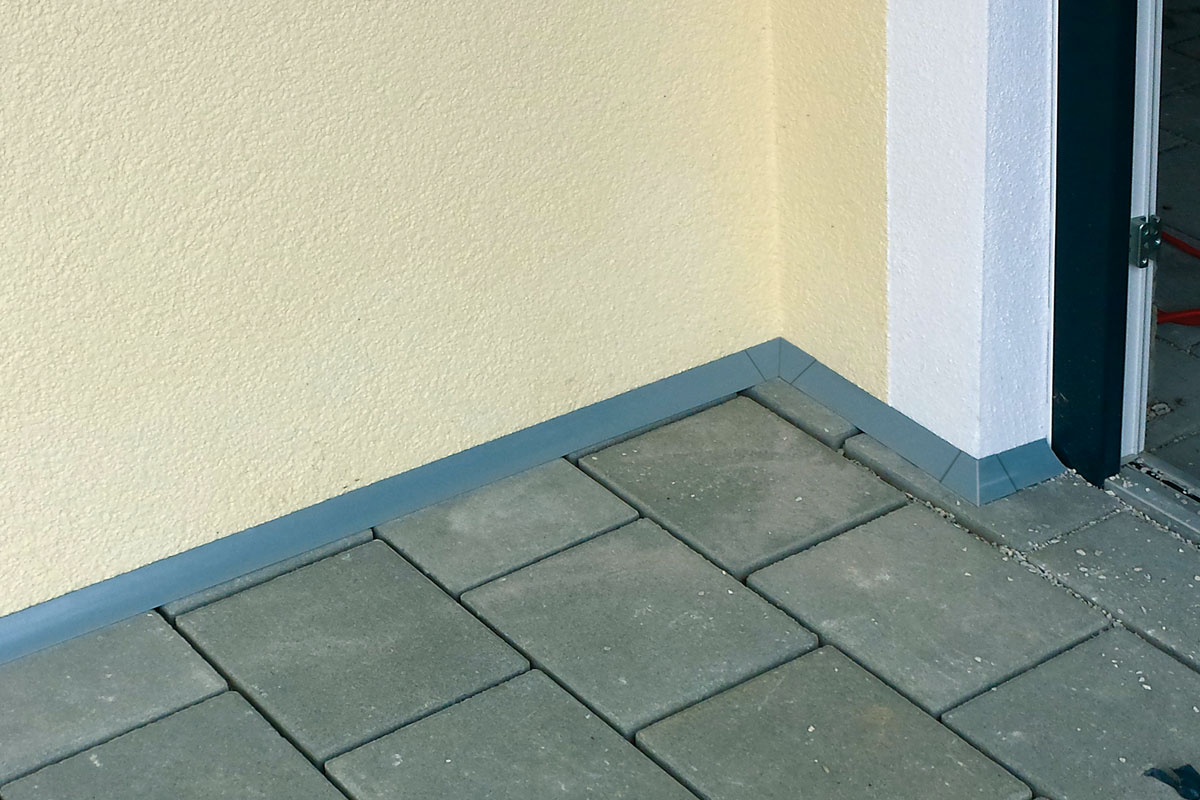 Terrasse wandanschluss for Aussenkuche beton