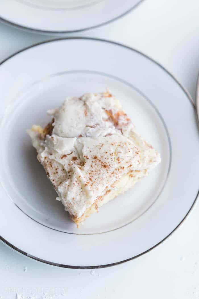 cinnamon-roll-poke-cake-8-of-13