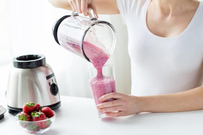 Easy Berry Smoothie Recipe made with almond milk, raspberries, blueberries, blackberries, banana, and your favorite steel cut oats