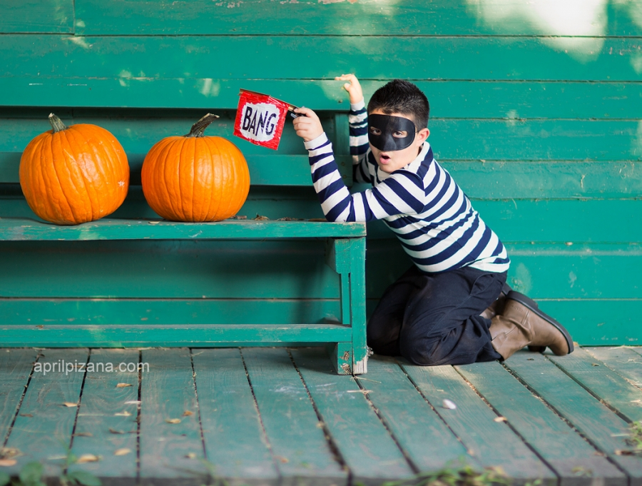 Chromosome Halloween Costume Adventures Of The Pumpkin Bandit » Photography By April Pizana