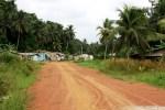 Vista panorámica de Ebongo desde la pista de acceso