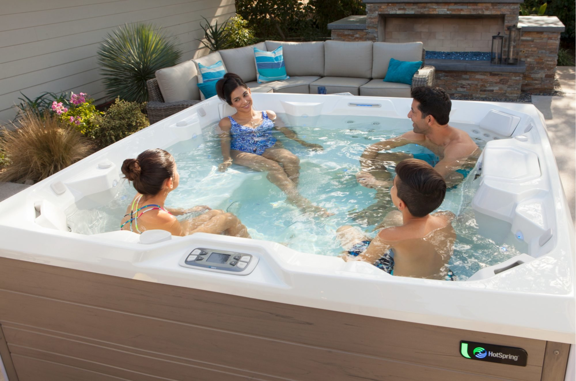 Jacuzzi Pool Bilder Aqua Pools And Spas Maryland Custom Pools Hot Tubs Service