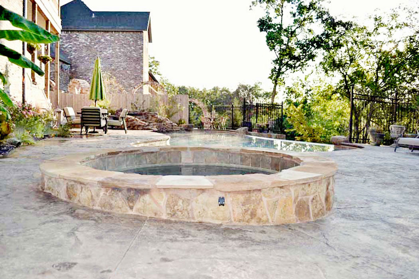 Jacuzzi Pool Bilder Swimming Pool Contractor Aquacrete In Nwa Bentonville