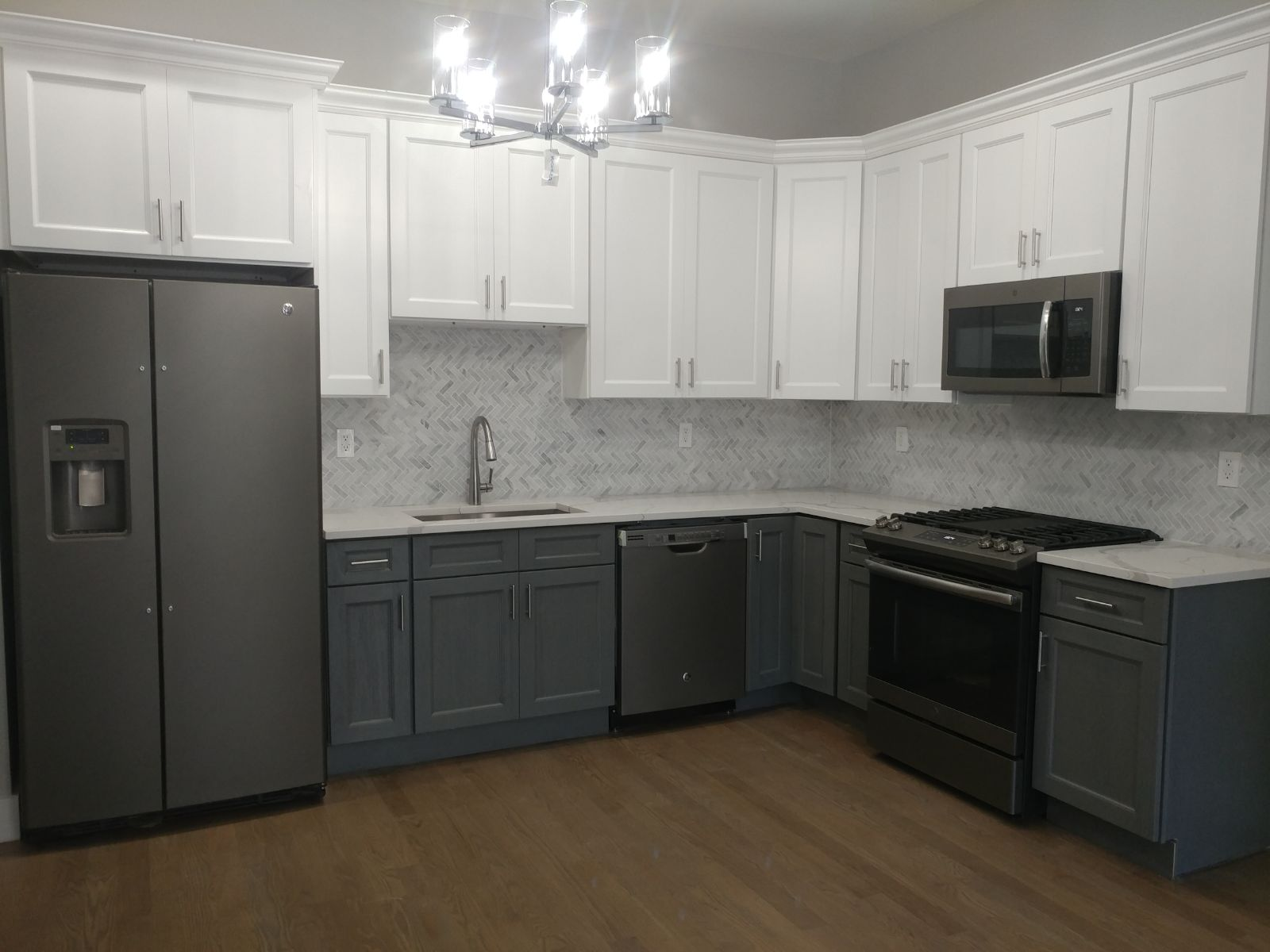 Forevermark Cabinets And Msi Quartz Installation Project In Jersey City