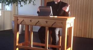 محاضرة للاب توما ككا عن الكنيسة في ويلنكتون