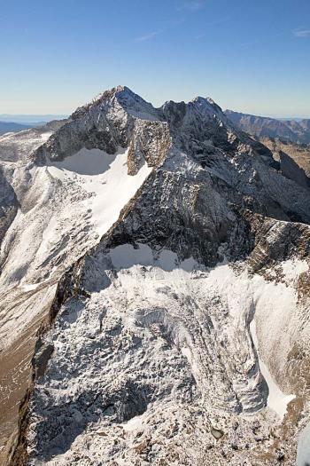 Pico Posets, glaciar de la Paul y el rocoso de los Gemelos.