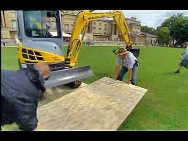 Digger at Buckingham Palace