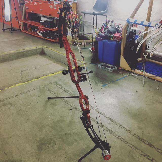 Harrison Oois new old school bow PSE Dominator Pro MDhellip