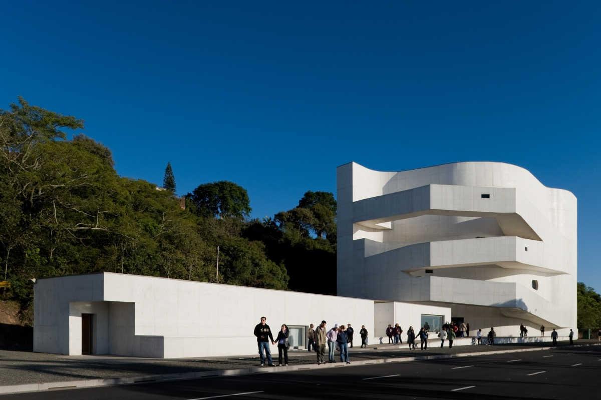 Iber camargo foundation alvaro siza archeyes for Da architecture