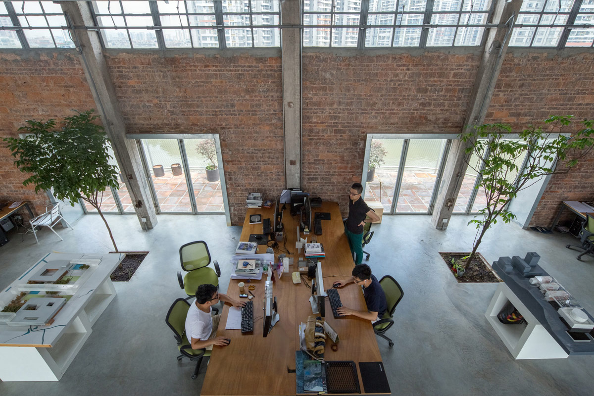 Central Studios Silo-top Studio / O-office Architects ⋆ Archeyes